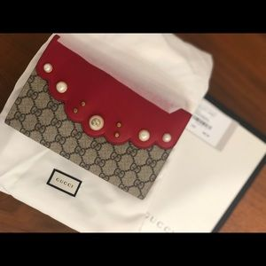 Brand new (never used) Gucci clutch bag
